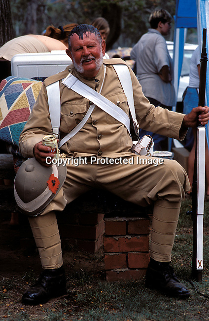 dicuafr00030 Culture Afrikaners  A British soldier taking part of an re-enactment of the defence of Rorke's drift, a big battle from the Anglo-Boer war, during a yearly performance on September 27, 2002 in Dundee in Natal province, South Africa. .Photo: Per-Anders Pettersson/iAfrika Photos