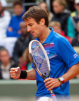 29-05-13, Tennis, France, Paris, Roland Garros,  Tommy Robredo