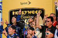 Winner Jimmie Johnson (#48) and team salute Ricky Hendrick.