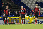 Inverness Caley Thistle v St Johnstone....20.01.15  SPFL<br /> Alan Mannus and the saints defenders after Bill McKays goal<br /> Picture by Graeme Hart.<br /> Copyright Perthshire Picture Agency<br /> Tel: 01738 623350  Mobile: 07990 594431