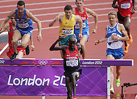 03.08.2012. London England. Kenyan Brimin Kiprop Kipruto (C) and Jukka Keskisalo (R) of Finland compete during the 3000m Steeplechase Round 1 during the London 2012 Olympic Games Athletics, Track and Field events at the Olympic Stadium, London