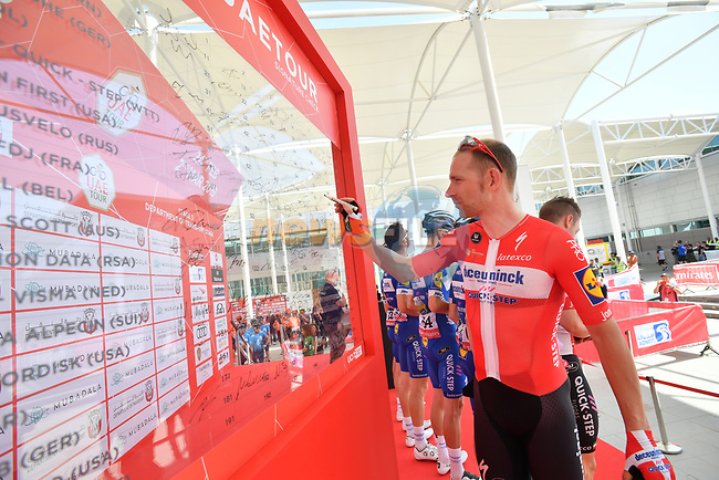 Danish National Champion Michael Mørkøv (DEN) Deceuninck-Quick Step signs on before the start of Stage 3 of the 2019 UAE Tour, running 179km form Al Ain to Jebel Hafeet, Abu Dhabi, United Arab Emirates. 26th February 2019.<br /> Picture: LaPresse/Massimo Paolone | Cyclefile<br /> <br /> <br /> All photos usage must carry mandatory copyright credit (© Cyclefile | LaPresse/Massimo Paolone)