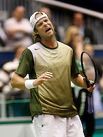 21-2-07,Tennis,Netherlands,Rotterdam,ABNAMROWTT, Martin Verkerk is disapointed