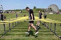 Nederland - Spaarnwoude 2018. De Strong Viking Hills Edition vindt plaats in recreatiegebied Spaarnwoude. Obstacle Run. Het parcours kan worden afgelegd met een zware metalen ketting om de nek.    Foto mag niet in negatieve / schadelijke context gefotografeerd worden.    Foto Berlinda van Dam / Hollandse Hoogte.