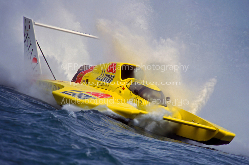 "Jimmy King, U-8 ""Llumar"" (Unlimited Hydroplanes)"