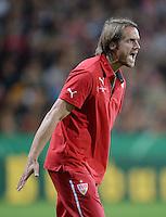 FUSSBALL   DFB POKAL 2. RUNDE   SAISON 2013/2014 SC Freiburg - VfB Stuttgart      25.09.2013 Trainer Thomas Schneider (VfB Stuttgart) emotional
