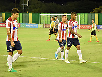 BARRANCABERMEJA- COLOMBIA - 24 - 07 - 2017: Los jugadores de Atletico Junior, se retiran del campo al finalizar el partido Alianza Petrolera y Atletico Junior, de la fecha 4 por la Liga Aguila II 2017 en el estadio Daniel Villa Zapata en la ciudad de Barrancabermeja. / The players of Atletico Junior, leave out the field at the end of a match between Alianza Petrolera and Atletico Junior, for date 4th the Liga Aguila II 2017 at the Daniel Villa Zapata stadium in Barrancabermeja city. Photo: VizzorImage  / Jose D Martinez / Cont.
