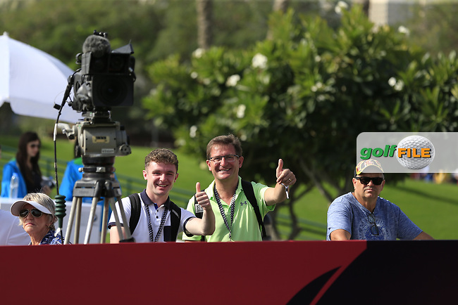 Irish fans supporting Shane Lowry (IRL) on the 1st tee during Round 4 of the Omega Dubai Desert Classic, Emirates Golf Club, Dubai,  United Arab Emirates. 27/01/2019<br /> Picture: Golffile | Thos Caffrey<br /> <br /> <br /> All photo usage must carry mandatory copyright credit (&copy; Golffile | Thos Caffrey)
