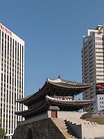 S&uuml;dl. Stadttor Namdaemun,  Seoul, S&uuml;dkorea, Asien<br /> South citygate Namdaemun, Seoul, South Korea, Asia