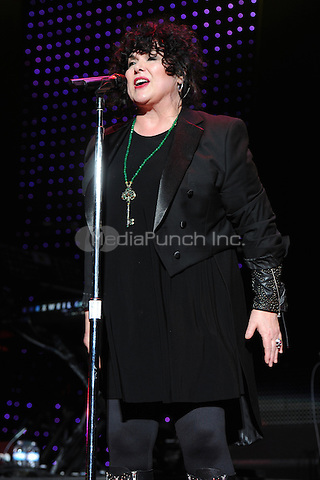 WEST PALM BEACH, FL - JUNE 15 : Ann Wilson of Heart performs on opening night of their US tour at the Cruzan Amphitheatre on June 15, 2011 in West Palm Beach Florida. © MPI04 / Media Punch Inc.