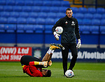 Jamal Blackman of Sheffield Utd warms up in front of goal keeper coach Darren Ward during the Championship match at the Macron Stadium, Bolton. Picture date 12th September 2017. Picture credit should read: Simon Bellis/Sportimage