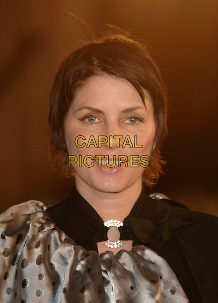 "SADIE FROST.""The Chronicles Of Narnia- The Lion the Witch and the Wardrobe"".Royal Film Performance and World Premiere.Royal Albert Hall.London, England 7 December 2005 .Ref:PL.portrait headshot.www.capitalpictures.com.sales@capitalpictures.com.©Capital Pictures"