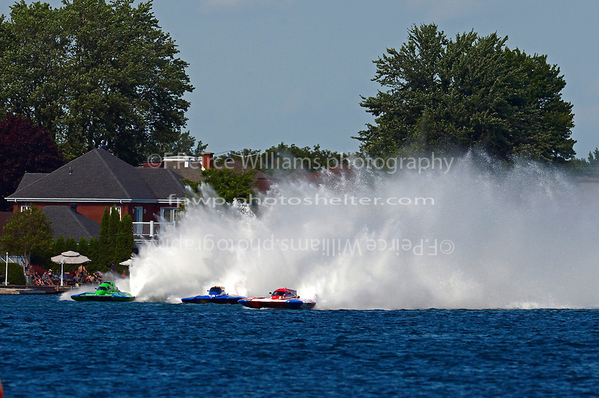 "Marc Theoret/Ghislain Marcoux, GP-444 ""GP Valleyfield"", Brandon Kennedy, GP-25 ""EMS Survivor"", GP-773 (Grand Prix Hydroplane(s)"
