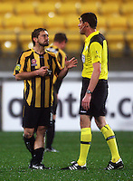 Phoenix' Michael Ferrante appeals to referee Peter O'Leary after being penalised during the A-League football match between Wellington Phoenix and Perth Glory at Westpac Stadium, Wellington, New Zealand on Sunday, 16 August 2009. Photo: Dave Lintott / lintottphoto.co.nz