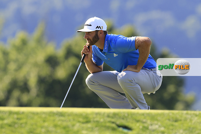 Dustin Johnson (USA) lines up his putt on the 17th green during Friday's Round 2 of the 2016 U.S. Open Championship held at Oakmont Country Club, Oakmont, Pittsburgh, Pennsylvania, United States of America. 17th June 2016.<br /> Picture: Eoin Clarke | Golffile<br /> <br /> <br /> All photos usage must carry mandatory copyright credit (&copy; Golffile | Eoin Clarke)
