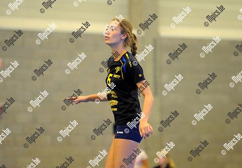 2013-09-28 / Volleybal / seizoen 2013-2014 / Amigos Zoersel / Britt Thielemans<br /><br />Foto: Mpics.be
