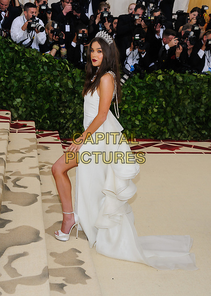 07 May 2018 - New York, New York - Hailee Steinfeld. 2018 Metropolitan Museum of Art Costume Institute Gala: &quot;Heavenly Bodies: Fashion and the Catholic Imagination. <br /> CAP/ADM/CS<br /> &copy;CS/ADM/Capital Pictures