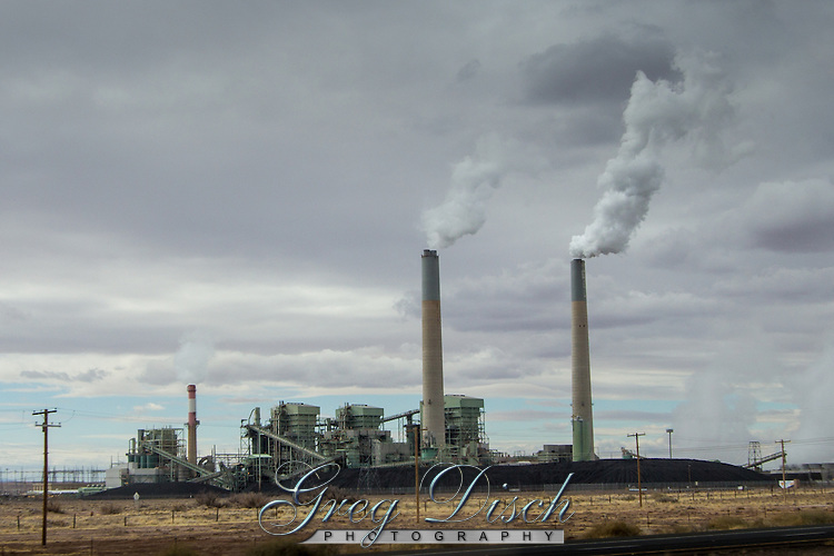 Cholla is a major coal-fired power plant near Joseph City, Arizona along Route 66.