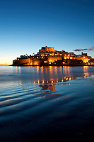 "Spain, Province Castellón, Costa Dorada, Peniscola: Peniscola Castle, built by the Knights Templar and Montesianos in 14th century, at dawn, Location used for filming of ""El Cid"" 