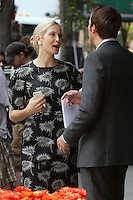 "Kelly Rutherford and Barry Watson filming a scene of The CW's ""Gossip Girl"" in New York City, 17.08.2012. Credit: Rolf Mueller/face to face / Mediapunchinc ***online only for weekly magazines**** /NortePhoto.com<br />