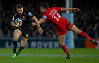 Exeter Chiefs' Joe Simmonds evades the tackle of Saracens' Alex Lozowski<br /> <br /> Photographer Bob Bradford/CameraSport<br /> <br /> Gallagher Premiership Round 10 - Exeter Chiefs v Saracens - Saturday 22nd December 2018 - Sandy Park - Exeter<br /> <br /> World Copyright &copy; 2018 CameraSport. All rights reserved. 43 Linden Ave. Countesthorpe. Leicester. England. LE8 5PG - Tel: +44 (0) 116 277 4147 - admin@camerasport.com - www.camerasport.com