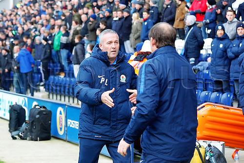 21.11.2015. Deepdale, Preston, England. Skybet Championship. Preston North End versus Blackburn. Blackburn Manager Paul Lambert shake hands Preston North End Manager Simon Grayson