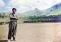 Iran 1989.Training of PUK peshmergas in Dizli. In front Rizgar Mustafa<br /> Iran 1989 Entrainement des peshmergas de l'UPK a Dizli, au premier plan Rizgar Mustafa