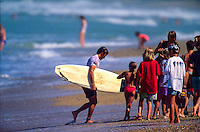Two Times World Surfing Champion Tom Curren (USA) competing in the 1992  Quiksilver Lacanau Pro France.  : Photo: Joliphotos.com