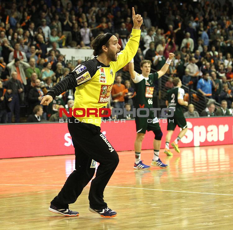 15.12.2013, Max Schmeling Halle, Berlin, GER, 1.HBL, Fuechse Berlin vs. MT Melsungen, im Bild Silvio Heinevetter (Fuechse Berlin)<br /> <br />               <br /> Foto &copy; nph /  Schulz