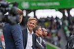 09.09.2017, Volkswagen Arena, Wolfsburg, GER, 1.FBL, VfL Wolfsburg vs Hannover 96<br /> <br /> im Bild<br /> Andries Jonker (Trainer VfL Wolfsburg) lacht, <br /> <br /> Foto &copy; nordphoto / Ewert