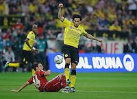 Fussball Bundesliga Saison 2011/2012 1. Spieltag Borussia Dortmund - Hamburger SV V.l.: Gojko KACAR (HSV), Mats HUMMELS (BVB).