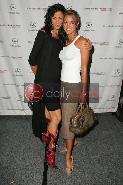 Eva Larue and her sister<br />
