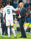 Real Madrid's coach Zinedine Zidane (r) with Raphael Varane during La Liga match. April 18,2018. (ALTERPHOTOS/Acero)
