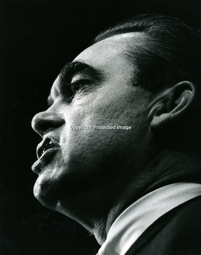 Alabama Governor George Wallace  1965 .(photo by Ron Riesterer)