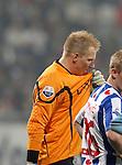 Nederland, Heerenveen, 11 april 2012.Seizoen 2011-2012.Eredivisie.SC Heerenveen-Ajax.Brian Vandenbussche, keeper (doelman) van SC Heerenveen baalt nadat hij een penalty heeft veroorzaakt.