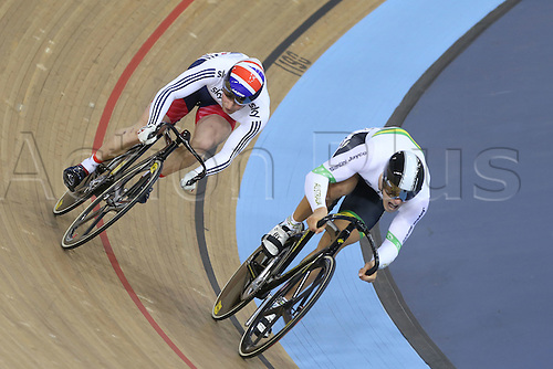 05.03.2016. Lee Valley Velo Centre, Lnodn England. UCI Track Cycling World Championships Mens Individual Sprint Final.    KENNY Jason (GBR) comes past GLAETZER Matthew (AUS)