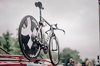 TT World Champion Tony Martin's (DEU/Katusha) backup TT-bike atop the Katusha-Alpecin team car<br /> <br /> 104th Tour de France 2017<br /> Stage 1 (ITT) - D&uuml;sseldorf &rsaquo; D&uuml;sseldorf (14km)