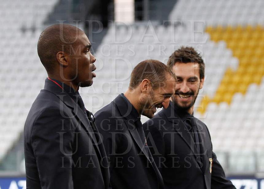 From left, Italy's Angelo Ogbonna, Leonardo Bonucci and Davide Astori inspect the pitch of the Juventus Stadium, ahead of the FIFA World Cup 2018 qualification match against Spain, in Turin, 5 October 2016.<br /> UPDATE IMAGES PRESS/Isabella Bonotto