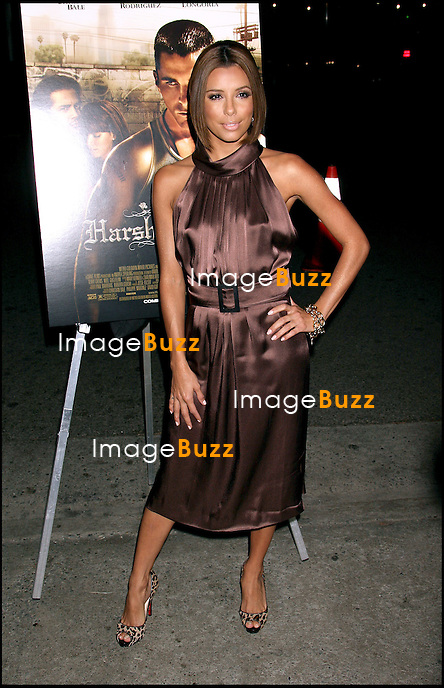 "EVA LONGORIA - PREMIERE DU FILM ""HARSH TIMES"" A LOS ANGELES.."" HARSH TIMES "" MOVIE PREMIERE AT THE CREST THEATRE IN WESTWOOD..LOS ANGELES, NOVEMBER 5, 2006...Pic : Eva Longoria"