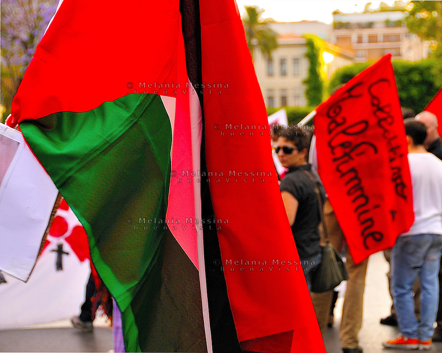 Palermo, protest against Israeli attack to peace flottilla in solidarity with Palestinians people.