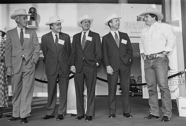 Rep. Jack Fields, R-Tex., with Rep. Charles Stenholm, D-Tex., Rep. Ed Bryant, R-Tenn., Rep. Martin Frost, D-Tex., and Rep. Pete Geren, D-Tex., (part of the Texas Delegation) at the ceremonial opening of the Eisenhower Theater, on June 03, 1991. (Photo by Laura Patterson/CQ Roll Call via Getty Images)