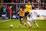 11.05.2019, Signal Iduna Park, Dortmund, GER, 1.FBL, Borussia Dortmund vs Fortuna Düsseldorf, DFL REGULATIONS PROHIBIT ANY USE OF PHOTOGRAPHS AS IMAGE SEQUENCES AND/OR QUASI-VIDEO<br /> <br /> im Bild | picture shows:<br /> Christian Pulisic (Borussia Dortmund #22) im Duell mit Markus Suttner (Fortuna #14), <br /> <br /> Foto © nordphoto / Rauch