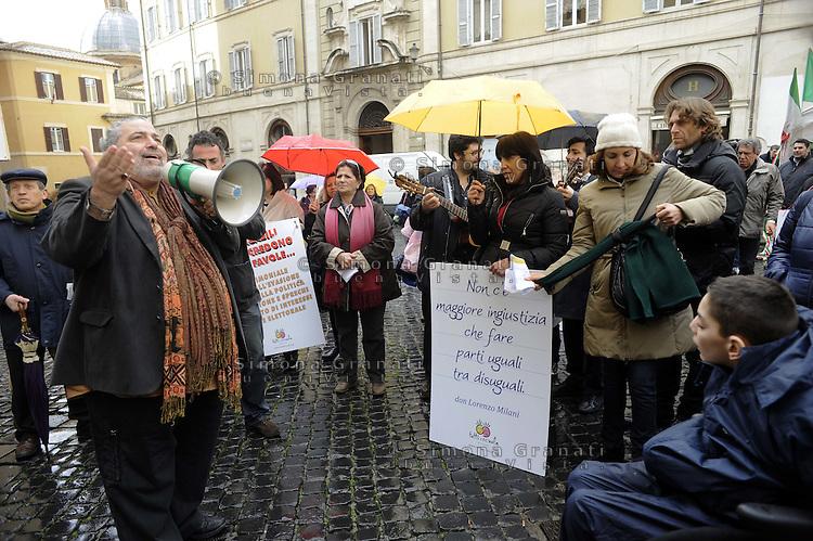 """Roma 6 Marzo 2012.Piazza Montecitorio.Manifestazione per i diritti dei disabili """"fatti a pezzi dal Governo Monti"""".L'associazione Tutti a scuola contro i tagli alle risorse per i disabili"""