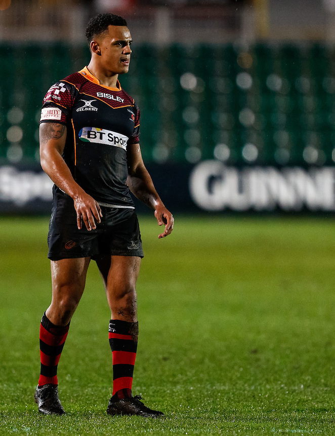 Newport Gwent Dragons' Ashton Hewitt<br /> <br /> Photographer Simon KIng/CameraSport<br /> <br /> Rugby Union - Guinness PRO12 Round 13 - Newport Gwent Dragons v Leinster - Friday 29th January 2016 - Rodney Parade - Newport<br /> <br /> &copy; CameraSport - 43 Linden Ave. Countesthorpe. Leicester. England. LE8 5PG - Tel: +44 (0) 116 277 4147 - admin@camerasport.com - www.camerasport.com
