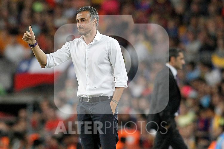 FC Barcelona's coach Luis Enrique Martinez (l) and Athletic de Bilbao's coach Ernesto Valverde during Supercup of Spain 2nd match.August 17,2015. (ALTERPHOTOS/Acero)