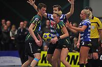 KORFBAL: GORREDIJK: Sport- en Ontspanningscentrum Kortezwaag, 27-11-2013, LDODK - AKC BLAUW WIT, Eindstand 25-28, Erwin Zwart (# | LDODK), Marjon Visser (#1 | LDODK), Fenje Haenen (#5 | AKC), ©foto Martin de Jong
