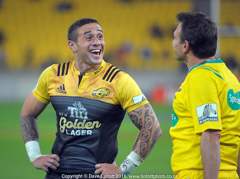 TJ Perenara chats with the touchjudge during the Super Rugby match between the Hurricanes and Southern Kings at Westpac Stadium, Wellington, New Zealand on Friday, 25 March 2016. Photo: Dave Lintott / lintottphoto.co.nz