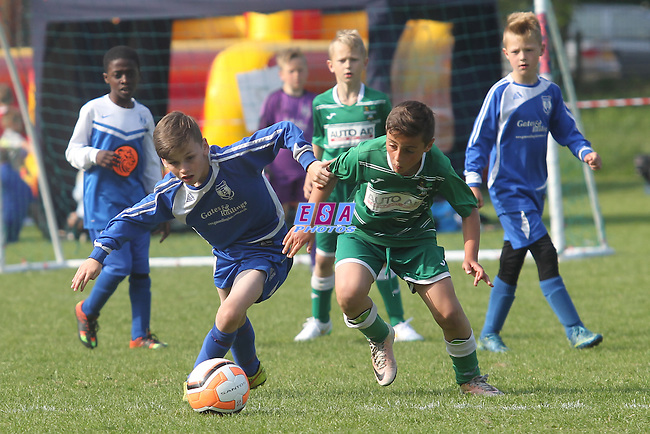 EIGHT ASH GREEN v NEW ROAD<br /> U10 GROUP MATCH<br /> THAMESMEAD SUMMER FESTIVAL OF FOOTBALL 2016<br /> SATURDAY 28TH MAY 2016<br /> BAYLISS AVENUE