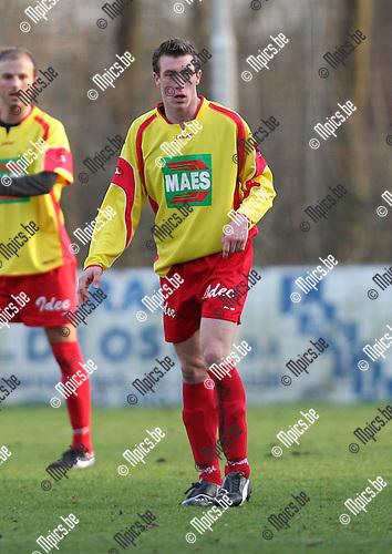 2008-02-03 / Voetbal /Bornem - Tubantia Borgerhout / .Kenneth Weytens (Bornem).Foto: Maarten Straetemans (SMB)