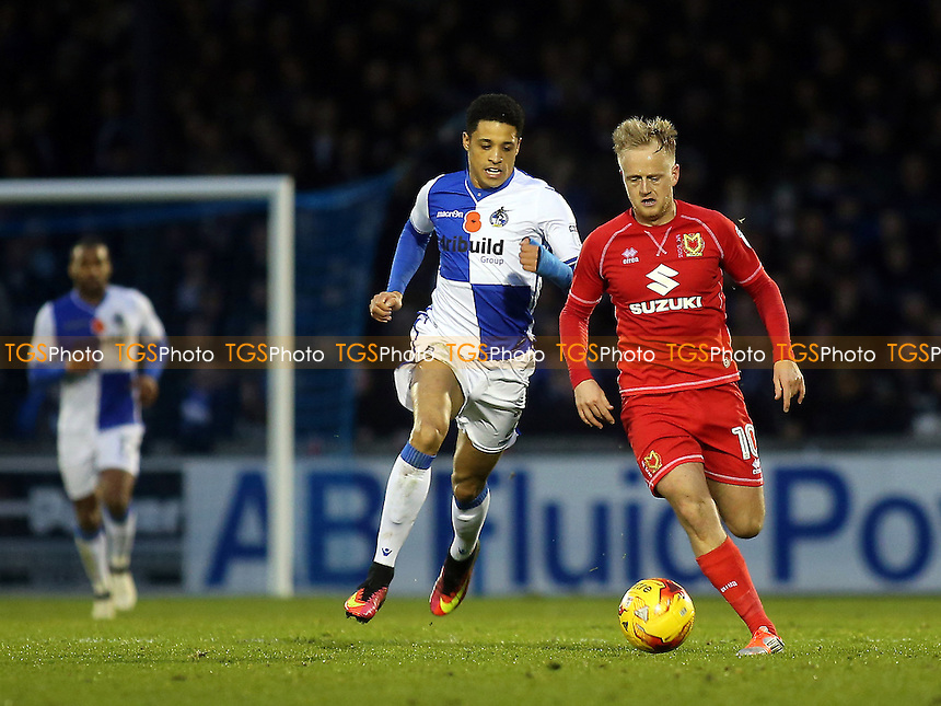 Ben Reeves of MK Dons races upfield during Bristol Rovers vs MK Dons, Sky Bet EFL League 1 Football at the Memorial Stadium on 19th November 2016